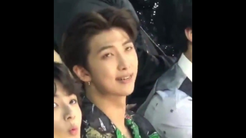 Joons beauty is so captivating,, i could stare at him for hours