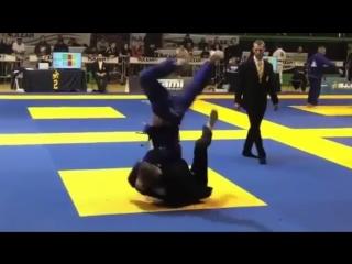 Соревновательное джиу-джитсу: проходы гарда