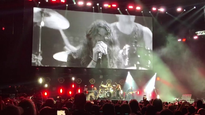 Audioslave feat Dave Grohl at Chris Cornell Tribute Concert, Show Me How to Live - 01.16.19