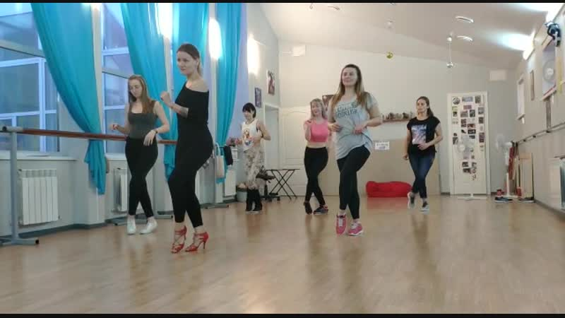 Classes   bachata shines   Voronezh   Joyce