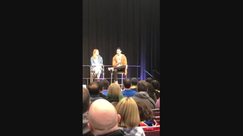 @MelissaBenoist @tylerhoechlin answering my question about whether or not they watched Smallville Arrow to prepare for their res