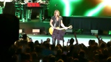 Keith Urban sings My Wave at the Blossom Music Center on 8-10-18