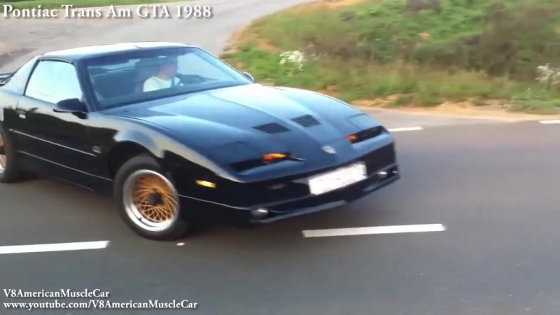 Dodge_Charger_vs_Chevrolet_Camaro_vs_Ford_Mustang_-_Old_vs_New_Car_-_Revving_ (3).mp4