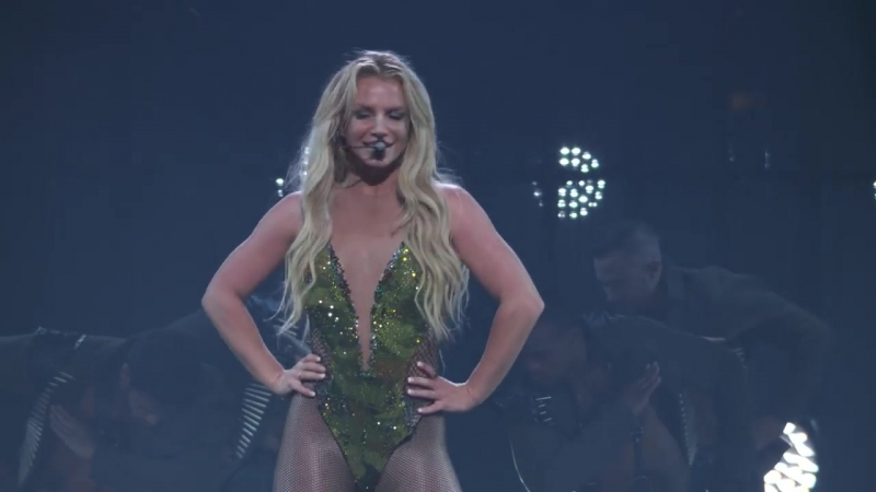 Britney Spears - Work Bch (Live from Apple Music Festival, London, 2016)