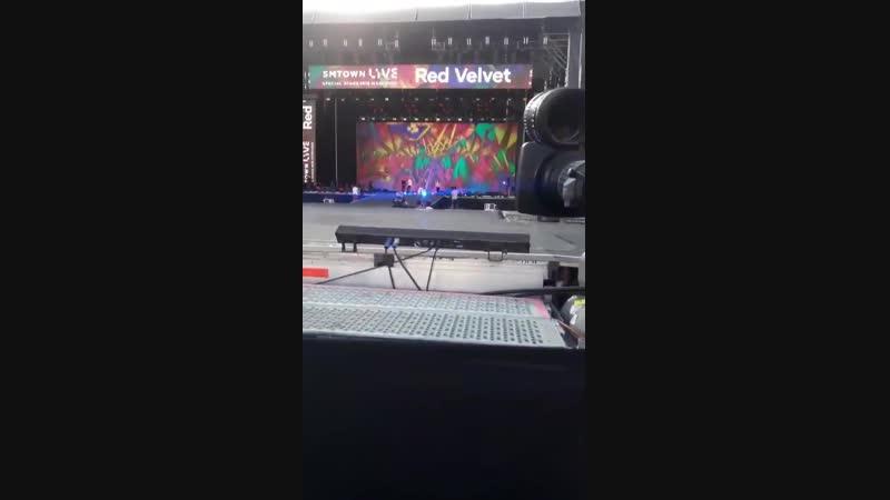 [FANCAM] 190118 SMTOWN SPECIAL STAGE IN SANTIAGO - Rehearsal RedVelvet 레드벨벳