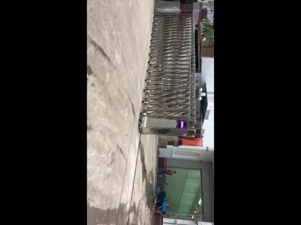 Cổng xếp inox, cổng xếp Lan Bùi-đã trúng thầu tại Sóc Trăng- 0913183440
