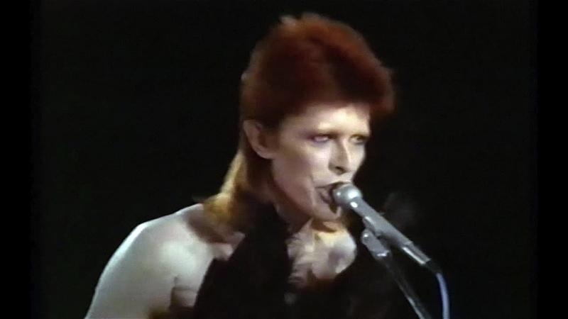 David Bowie - I Cant Explain - 1980 Floor Show (2016 edit)