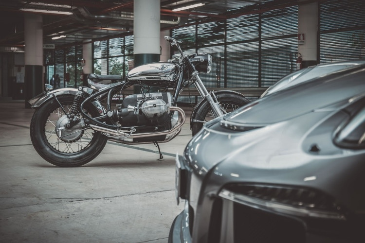 EEM: Боббер BMW R50/5 Assolo