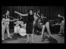 ♫ Mina Mazzini ♪ Splish Splash ♫ dal film Juke box Urli d'amore 1959 Фрагмент с Х Ф Музыкальный автомат кричит о любви