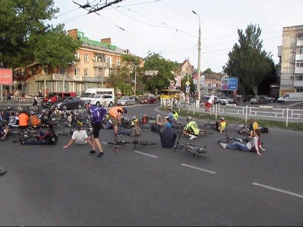 RideOfSilence 2018 in Kherson (Ukraine)