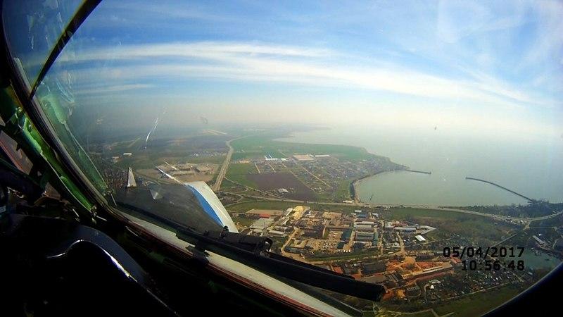 Посадка в Краснодаре из кабины пилота Ту-134 УБЛ