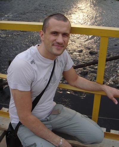 Илья Огородников