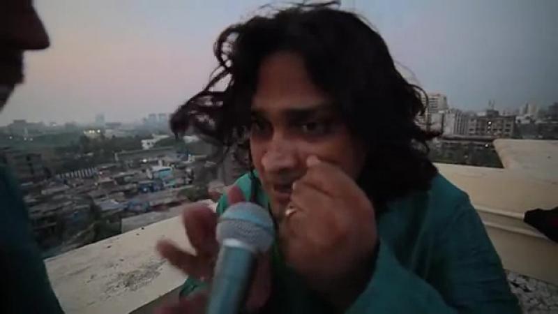 Индус на крыше