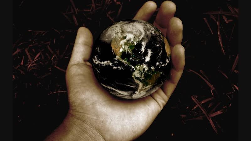 Всё начинается с земли... (стих Натальи Шахназаровой) в авторском исполнении - версия (плохо видно, правда)