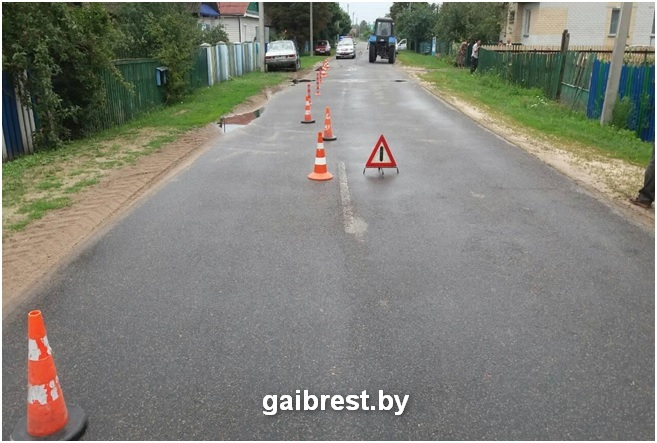 Ивановский район: в результате обгона пострадали два малолетних пешехода