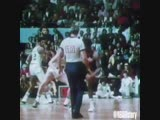 One of the most memorable hustle plays in @NBA history... Dave Cowens secures a loose ball in Game 6 of the 1974 NBAFinals. - -