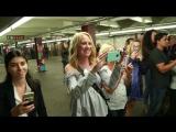 Кристина Агилера выступила в нью-йоркском метро