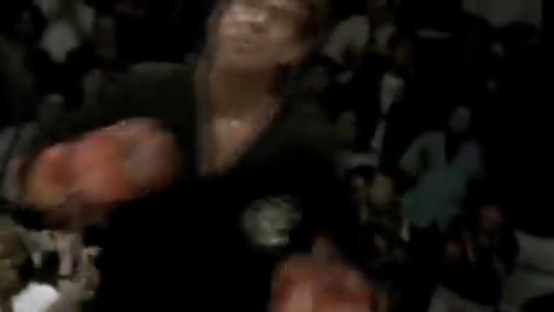 Чак Норрис против Келли Стоуна _ Chuck Norris vs Kelly Stone ( 240 X 426 ).mp4