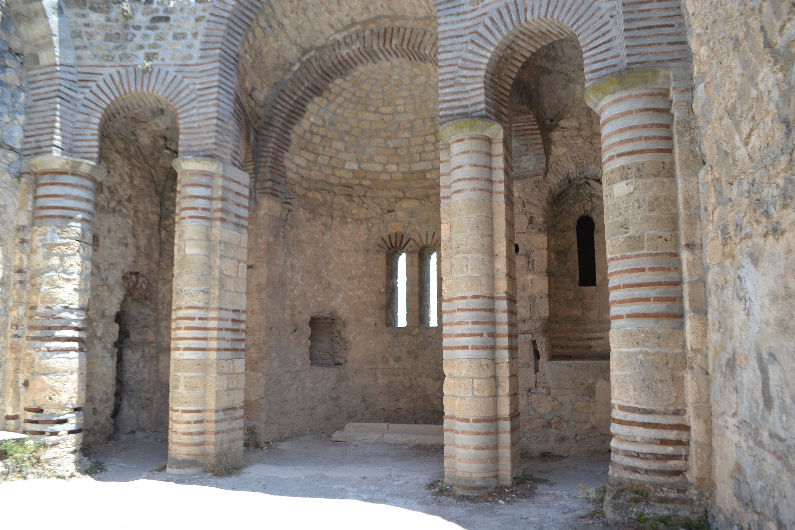 Северный Кипр. Замок Святого Иллариона. (фото). - Страница 2 JdDFzadEZwo