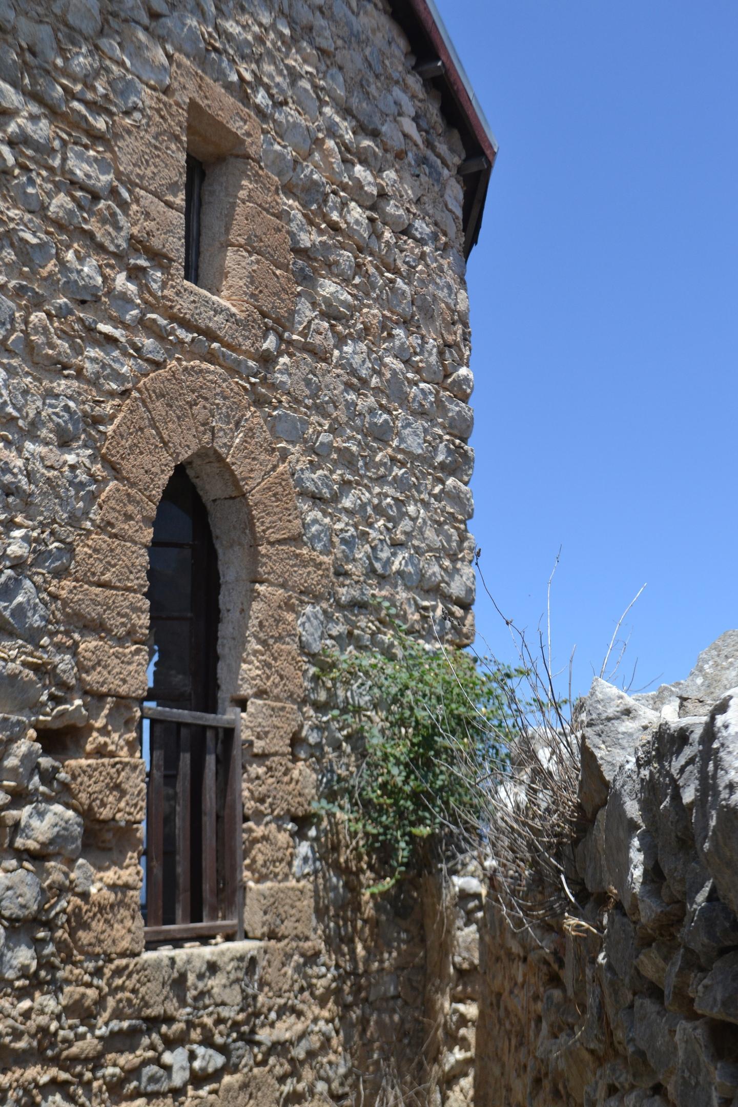 Северный Кипр. Замок Святого Иллариона. (фото). - Страница 2 6DJv4mn_0kI