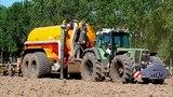 Slurry Injection Fendt 926 vario + Veenhuis Profi 22000 tandem tank W. Meulepas Mill