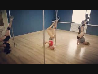 Exotic pole dance ZhenyaSi