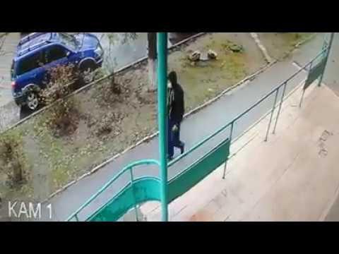Кто и как поджог автомобиль возле херсонского штаба Порошенко