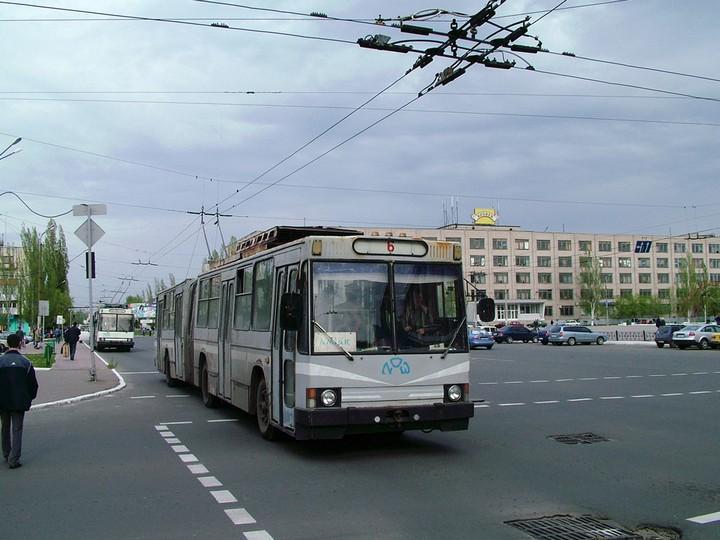 В Северодонецке троллейбусы обесточены из-за долгов