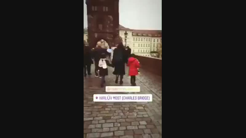 Tuba with Maya and Toprak in Praga - TubaBüyüküstün