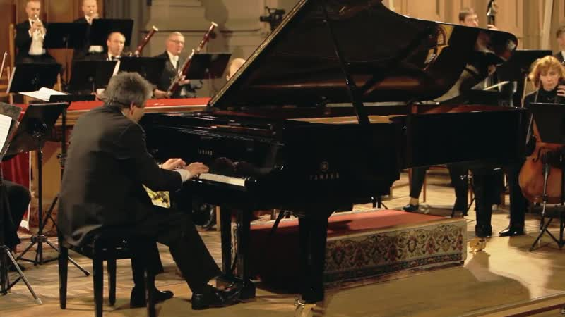Пианист и дирижер Ваг Папян. Моцарт Концерт для фортепиано с оркестром № 21 C-dur,