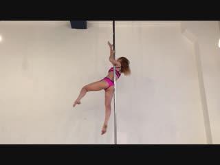 Pole dance   sky pole