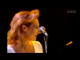 Ute Lemper Roger Waters and the Rundfunk Orchestra Choir - The Thin Ice 1990