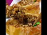 Сложно придумать более полезный десерт! Запеченные яблоки с овсяными хлопьями.