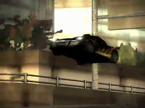 Need for Speed 3. Most Wanted (2005). Мусора путаются под колёсами.
