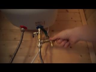 Водонагреватель на мойку в кухне. Меняю кран и делаю шкаф
