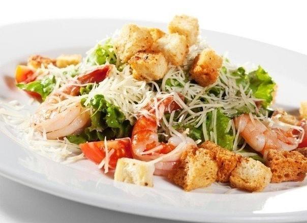 Топ-5 рецептов любимого салатика «Цезарь»