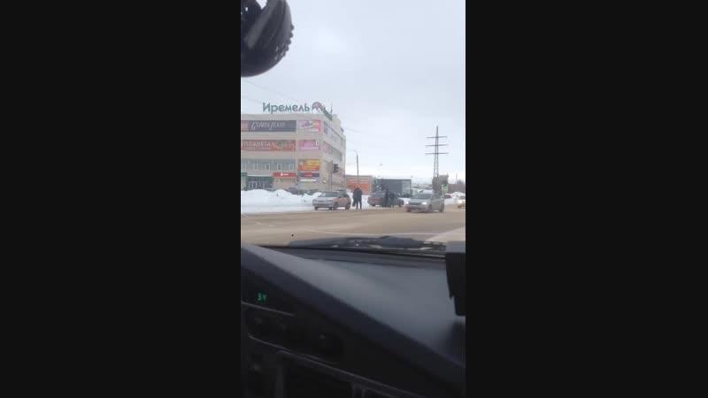 ДТП на перекрестке ул. Мичурина - Горького, Туймазы