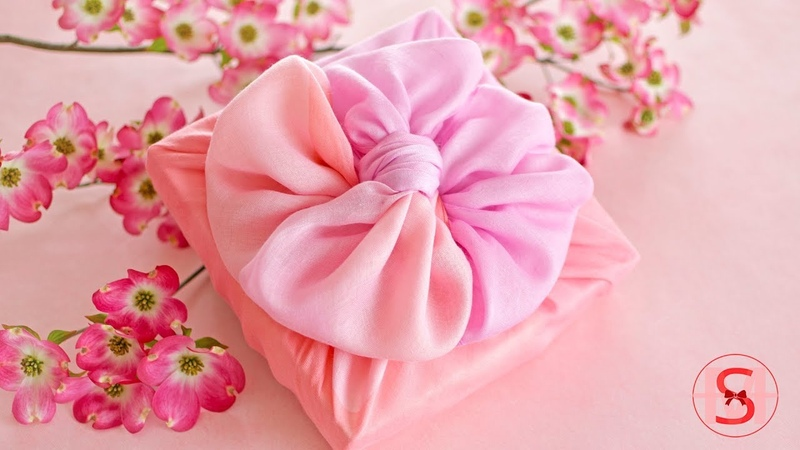 Simple Elegant Fabric Gift Wrapping for Mother's Day