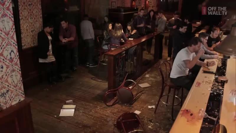 Как пить в баре . . .