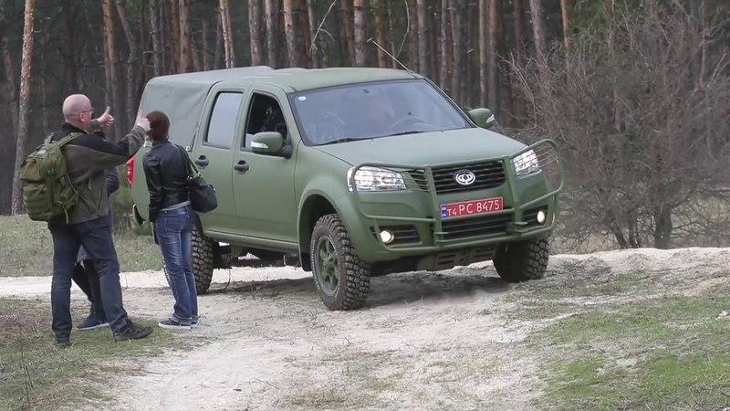 У Черкасах показали новий військовий позашляховик - Богдан 2351