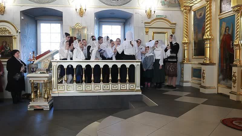 Хор епархиальной воскресной школы. Регент Елизавета Лялюшкина. Литургия 28 октября 2018 года в Ильинском соборе