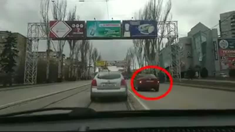 Донецк. Ленинский, Обжора, ДТП, три машины. Особых повреждений не заметил