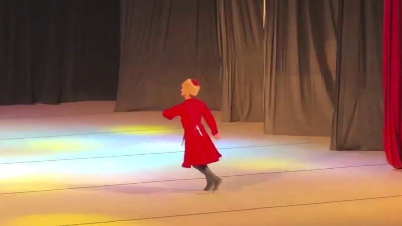 Dünyanın en iyi Dans Grubu - Nalmes - Adıge ŞEŞENIJ