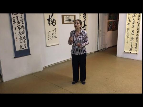 Красоту японской каллиграфии отметили жители Комсомольска на выставке в галерее «Метаморфоза»