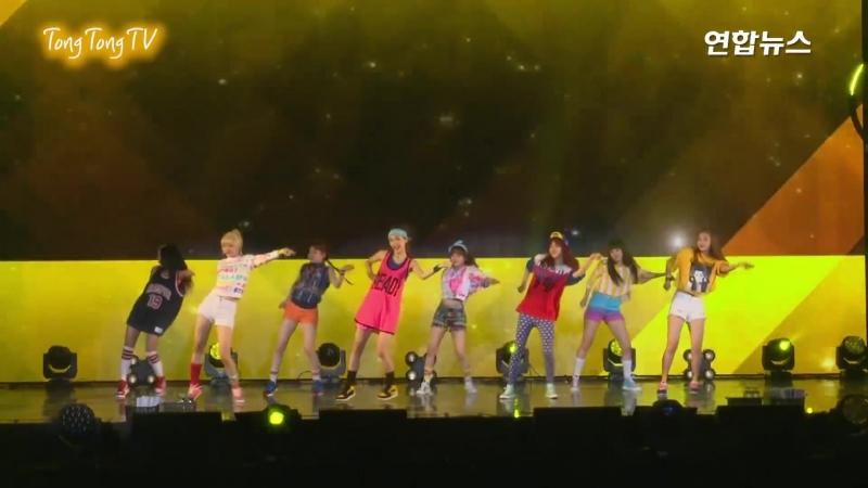 170808 Weki Meki(위키미키) Stay with Me Showcase Stage (WEME, 최유정, 김도연, Doyeon, YooJung)