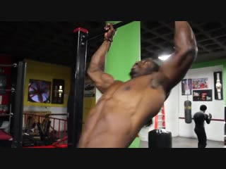 SUPREME SOUL AND KEVIN THE SHOW OFFZ _ BLACKOUT MUSCLE UP HOLDS SUPER SET