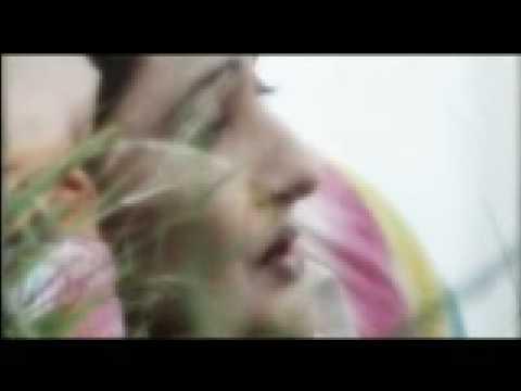 PASHTO NICE SONG (LEKA DE GUL PESHAN AZGHO KE OSEM)AIMAN UDASS