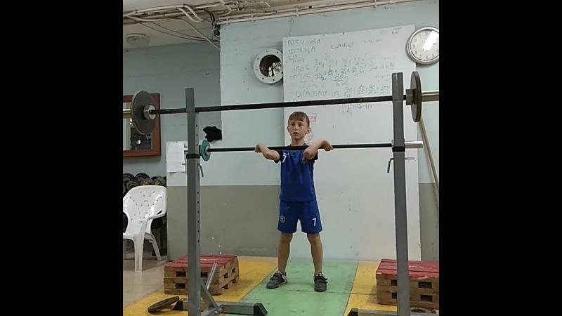 Ilai Putz 13 kg squat jerk PR