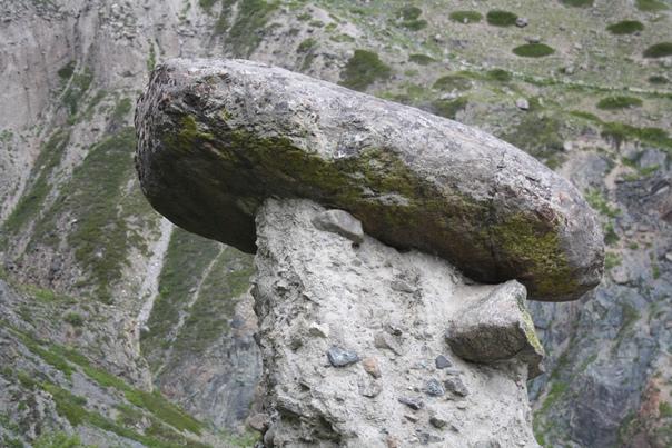 Просто списывался песок или камни будагов огромные глыбы