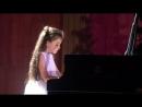 Даша Тюлеманова участница концерта Вера, Надежда, Любовь и Музыка с оркестром И.М.Лермана